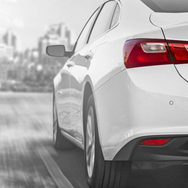 Tesla E-Auto Reifen